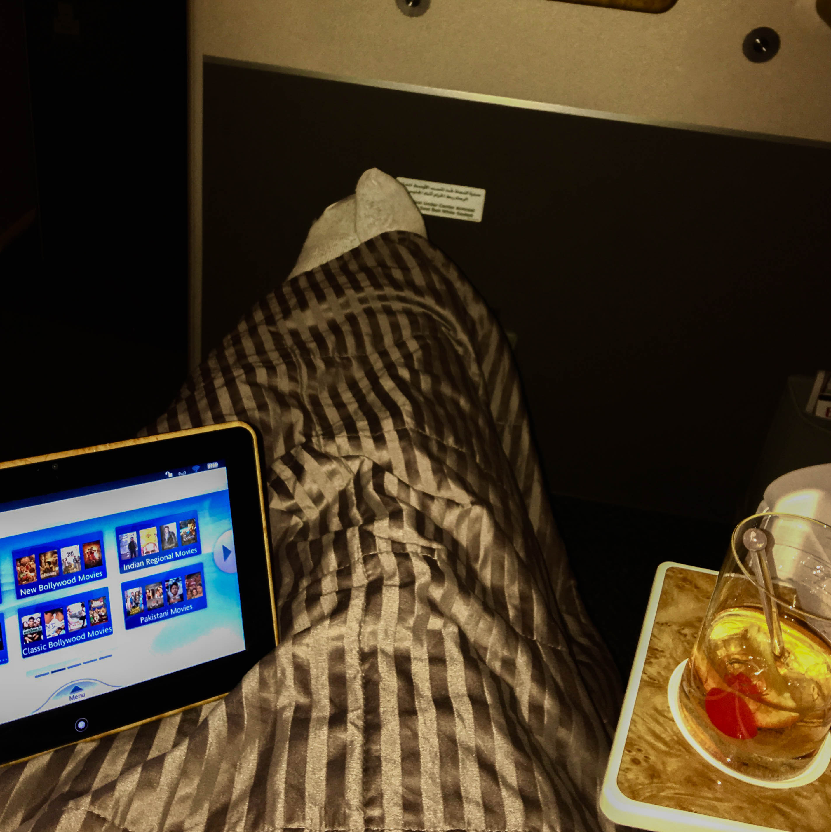 flying emirates business class review, what is it like to fly emirates business class, review of business class, free business class upgrade, flying business class