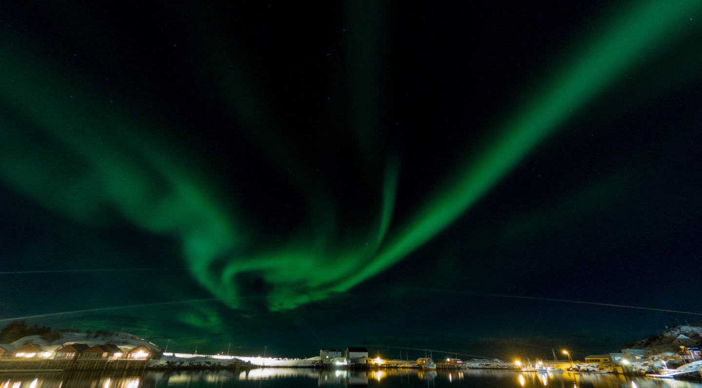 How to take pictures of the northern lights with a Gopro, northern lights in Lofoten, Norway