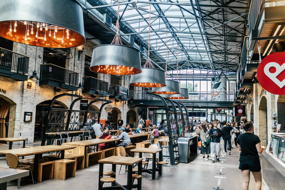 places to eat in winnipeg, the forks market hall