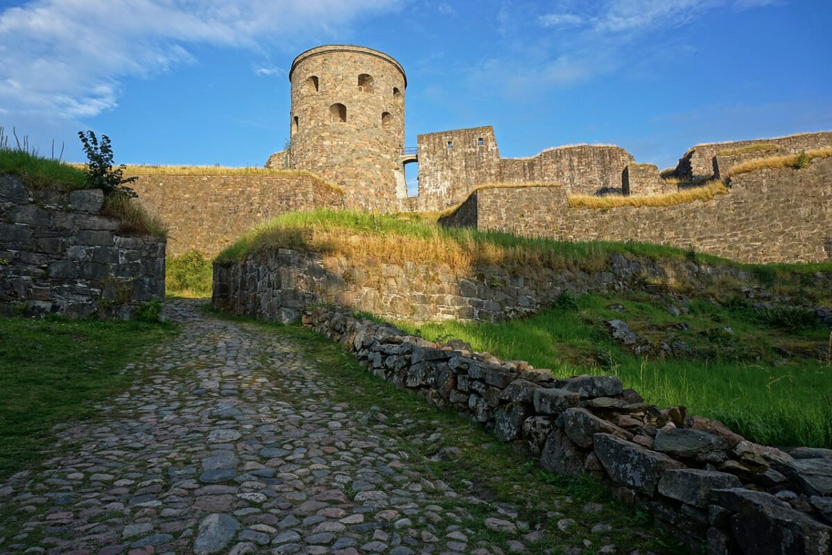 day trip from gothenburg, castle