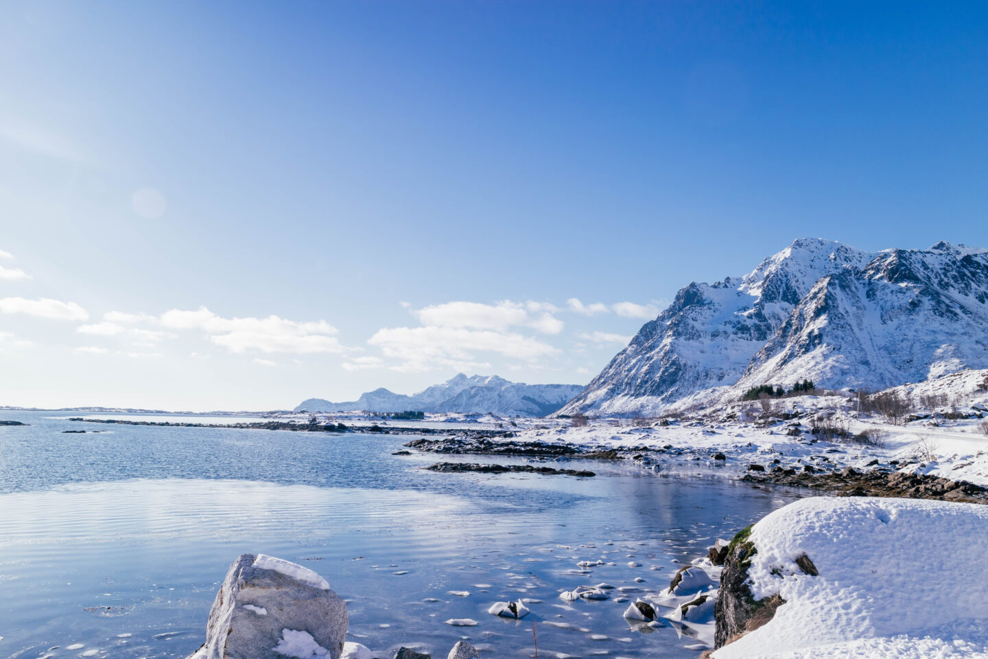 Best time to go to norway, winter in Lofoten blue skies snow